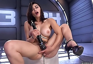 Super hottie screwing gear solo