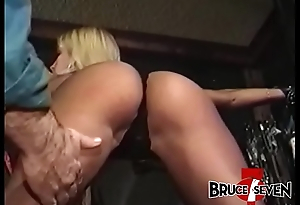 BRUCESEVENFILMS - Stunner Tyna Lynn chained coupled with tormented