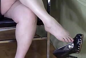 Black High Heel Dangle