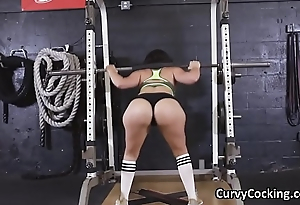 PAWG blows fat cock at gym not later than workout