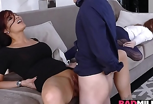 Juan Bugs plowing a hot milf wet pussy on someone's skin couch balderdash deep!