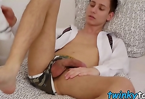 Feet fetishist youngster spills cum foreigner cock solo