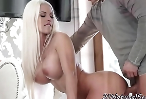 Busty euro amateur jizzcovered by the brush sweetheart