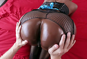 Diamond Jackson gets her chubby black ass worshipped