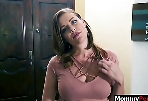 Son acquires a irrumation from gold digger mom