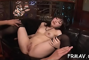 Japanese temptress delights with ultra-wet oral pleasure