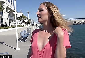 Fixed devoted to MILF Mona Wales innocent girl turned slut