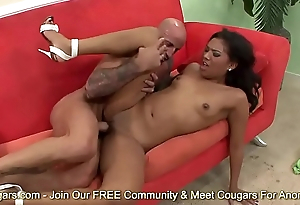 Emy Reyes Widens Her Legs For A Good Dicking