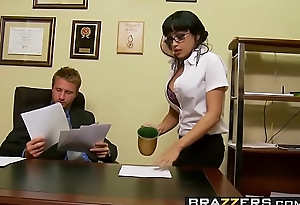 Slutty secretary (Abella Anderson) gets pounded over the chifferobe - Brazzers